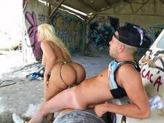 Latina with big boobs and a magnificent ass