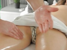 Instead of massage horny chick acquires wild sex
